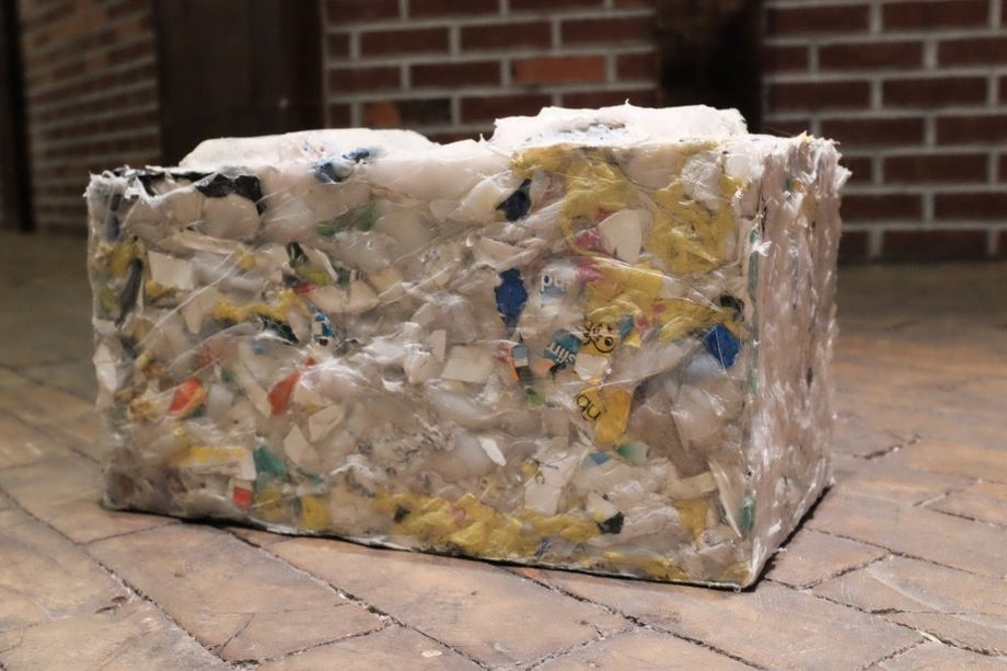 recycled-plastic-bricks-byfusion-replast-ocean-trash-2-0